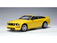 1:18 Ford Mustang GT Convertible (2005)