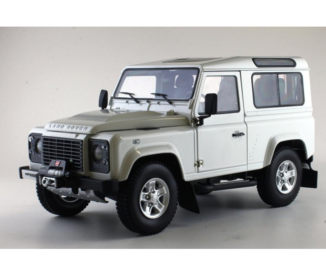 1:18 Land Rover Defender 90