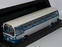 1:43 GMC New Look Fishbowl Bus (1969)