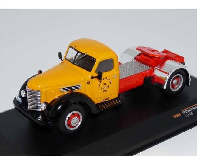 1:43 International IHC KB 7 (1948)